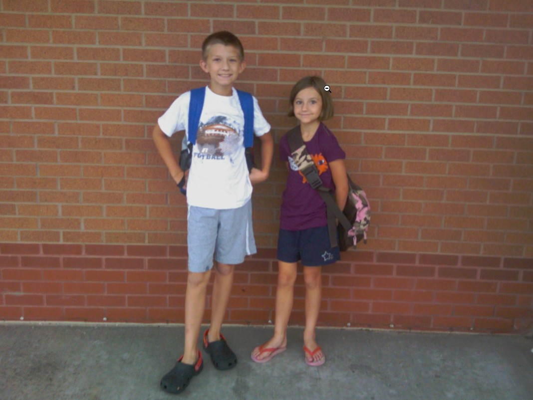 Kids - 1st Day School 09